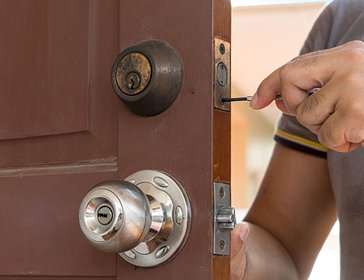 Emeryville Locksmith Service Emeryville, CA 510-731-0615